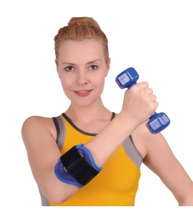 Breezy 121 - Wheelchair with drop-back
